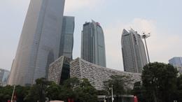 广州地铁八号线新港东站、琶洲站今日下午暂停对外服务